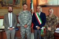 I Comandanti militari della Del Din (ex Dal Molin) ricevuti in Comune nel 2015 dal Vicesindaco Jacopo Bulgarini d'Elci e dal Sindaco Achille Variati
